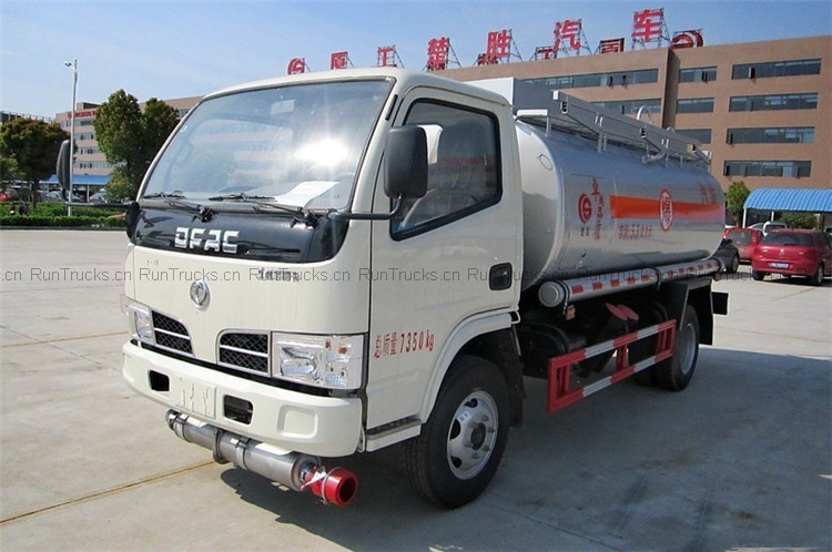 Dongfeng 5000L Fuel Truck oil tank truck