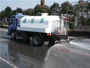 145 water truck head spray 02