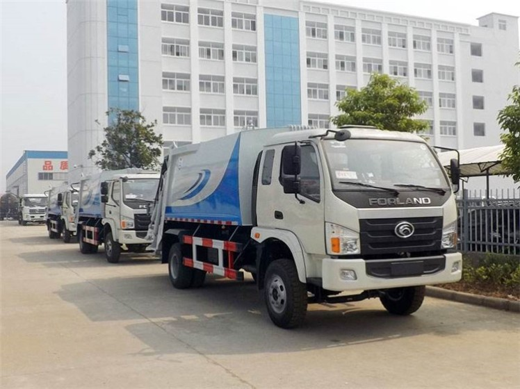 3 units China Foton 6000L compactor garbage truck.jpg