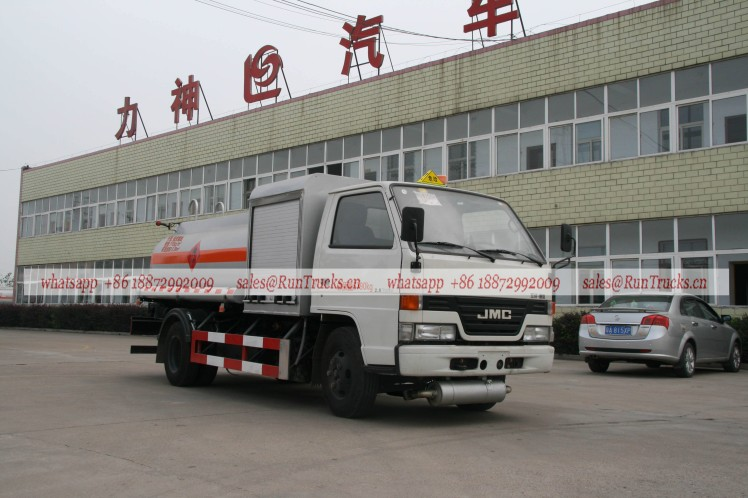 China JMC aircraft fuel refueling tank truck