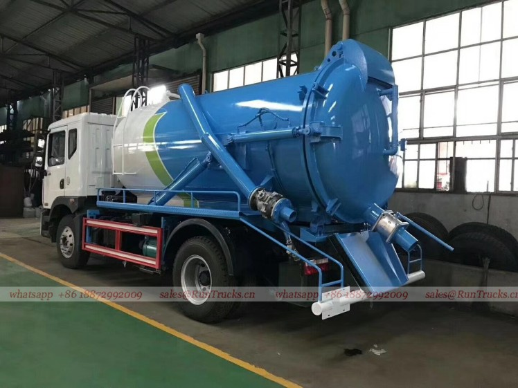 China Dongfeng D9 duolika 10 cbm sewage suction truck 03.jpg