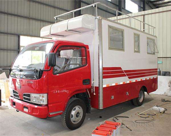 China dongfeng food truck made in China directly from the factory supplier  (3).jpg