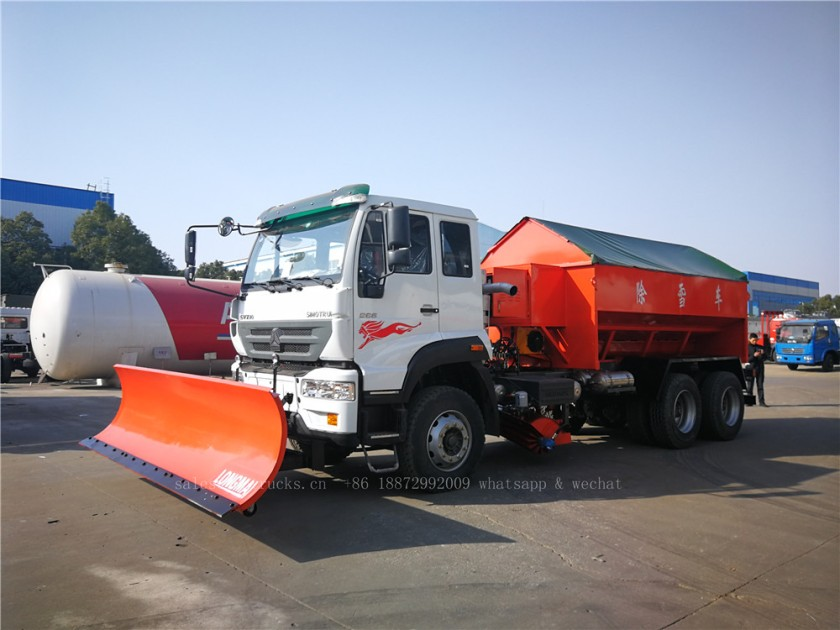 China Howo truck with snow shovel and snow melt agent spreader 01.jpg