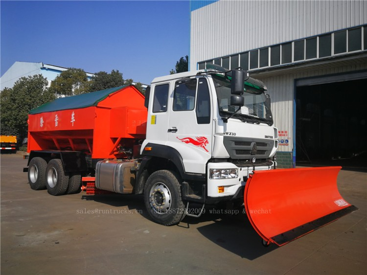 China Howo truck with snow shovel and snow melt agent spreader 07.jpg