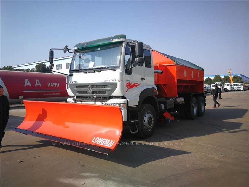 China Howo truck with snow shovel and snow melt agent spreader 09.jpg