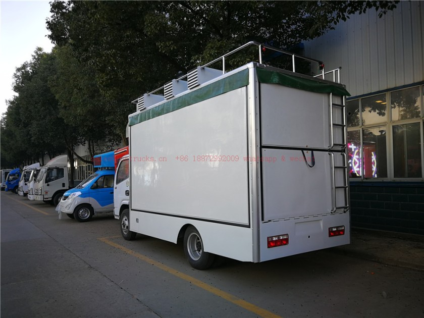 dongfeng mobile food truck 01.jpg