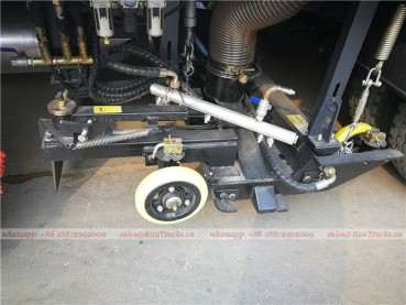 parts of Dongfeng tianjin road sweeper truck