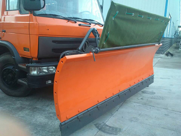 3.3m snow pusher shovel for trucks - Installed canvas Bezel