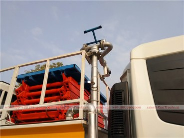 Dongfeng tianjin road sweeper truck with snow shovel and aerial working platform 16