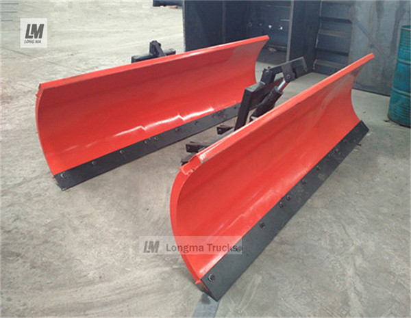 China longma snow plow 2500 03.jpg