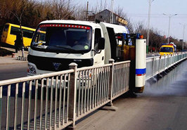 China brand models guardrail fence cleaning vehicle introduction (3)