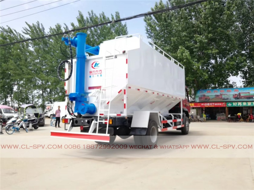 Dongfeng 28000 liters bulk feed transportation truck 06