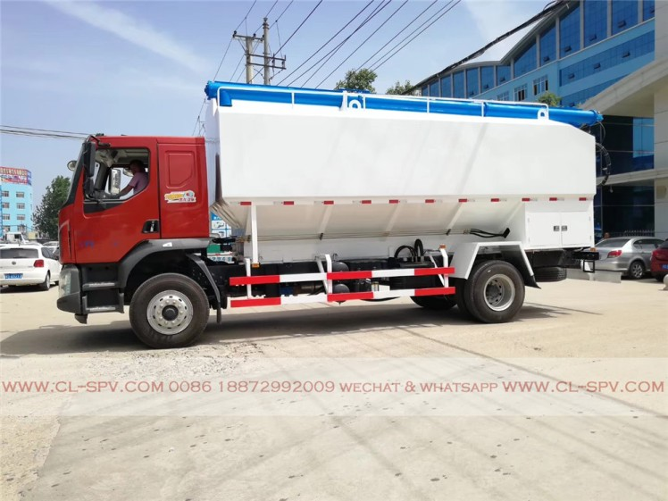 Dongfeng 28000 liters bulk feed transportation truck 07