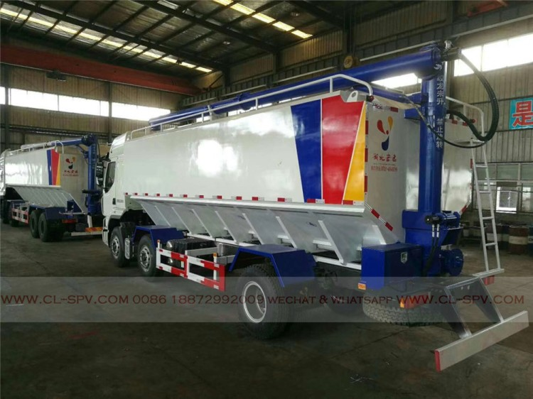 Dongfeng bulk powder feed transport vehicle 04