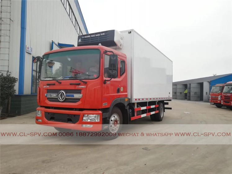 Dongfeng D series refrigerator truck 02