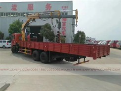 China different trucks with brand cranes23