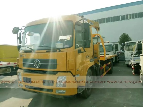 China different trucks with brand cranes69