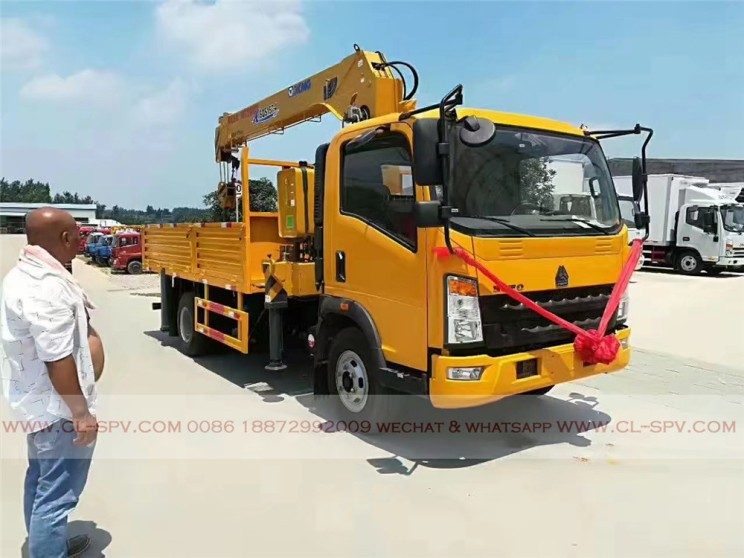 China different trucks with brand cranes78
