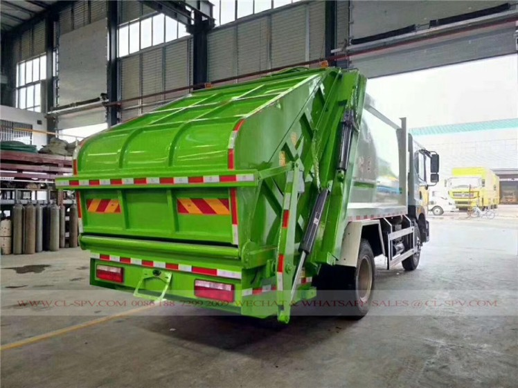 Dongfeng D9 10 cbm garbage compactor truck 02