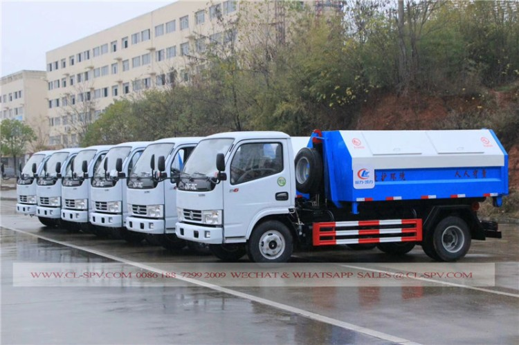 Dongfeng hook arm garbage truck 02