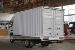 China Dongfeng small van truck 04