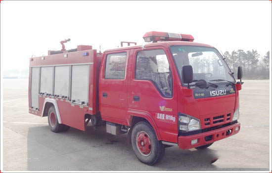 Isuzu 600P fire fighting truck